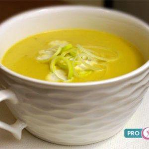 суп пюре из сельдерея, моркови и лука