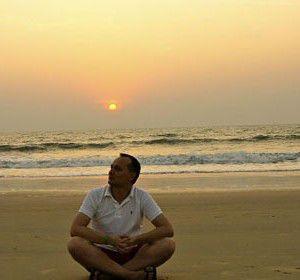 медитация на берегу моря